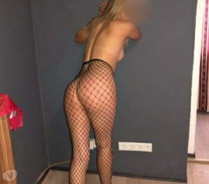 Hanaelle tattoo escorts in Paisley