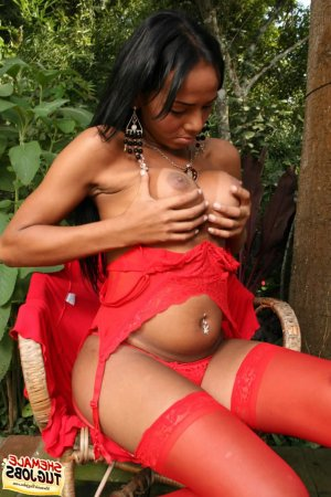 Naylah african escorts services Burton Latimer, UK